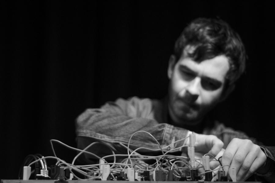 16/9 Västerås Kulturnatt: Kraus (NZL) / Karbonit / Två Cirklar + DJ Gavin Maycroft